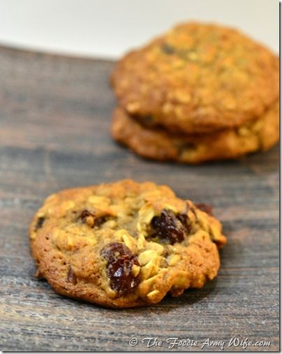 Old Fashioned Oatmeal Raisin Cookies - soft and delicious! Get the recipe from Cosmopolitan Cornbread