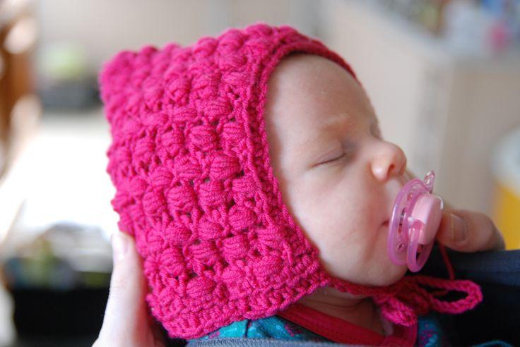 Pompom pixie hat, newborn