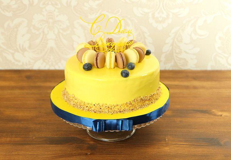 Именинный торт – это не просто лакомство, а главное украшение праздничного стола, «гвоздь программы», ключевой элемент вечера😉 Можно обойтись без традиционного оливье и селедки под шубой, не обязательно наряжаться в отутюженный фрак или вечернее платье – но исключить из меню сладкий стол с тортом никак нельзя🙏  Изготовление тортика как на фото возможно от 2-х кг всего за 2350₽/кг. _________________ Опытные специалисты @abello.ru рады помочь с выбором не забываемого и натурального торта по…