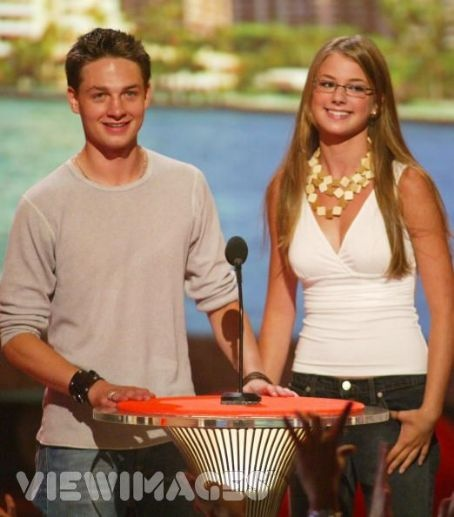 Everwood - Ephram(Gregory Smith) and Amy(Emily VanCamp) in Teens Choice Awards