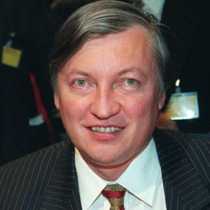 The 1990's saw Anatoly Karpov going through the motions. He was enough of a player to win Linares-94 with an astronomical score, enough of a politician to secure himself another World Title after Kasparov left FIDE in pursuit of his corporate dreams, and enough of a slime-ball to throw in two or three lawsuits trying to milk this thing with FIDE long after it became painfully clear that as a 50-year-old Tolya no longer measures up with the young generation.