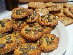 Recept, konyha, utazás: 3 in 1 - Receptek - Kategóriák - Sós sütemények - Zabkorpás-sajtos keksz