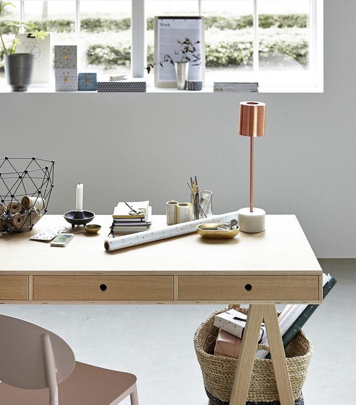Schreibtisch Oak Mix / 150 X 65 Cm, Holz, Hell Von House Doctor Finden Sie  Bei Made In Design, Ihrem Online Shop Für Designermöbel, Leuchten Und  Dekoration.