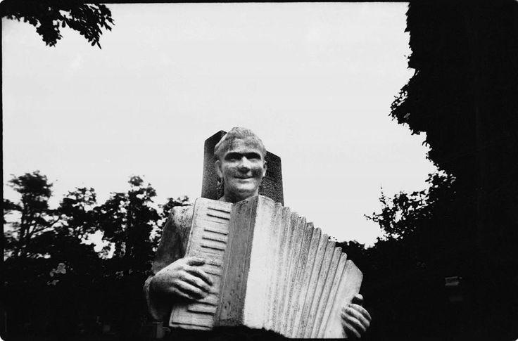 http://w3.enternet.hu/kgj/images/harmonikas-accordion-w.jpg