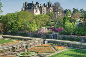 4 Secrets to Biltmore Success: The Biltmore Estate is America's largest private residence with two-hundred and fifty rooms.  It also has the most visited Winery in the United States not to mention absolutely gorgeous gardens!  Discover and apply some of their secrets to your places of hospitality!