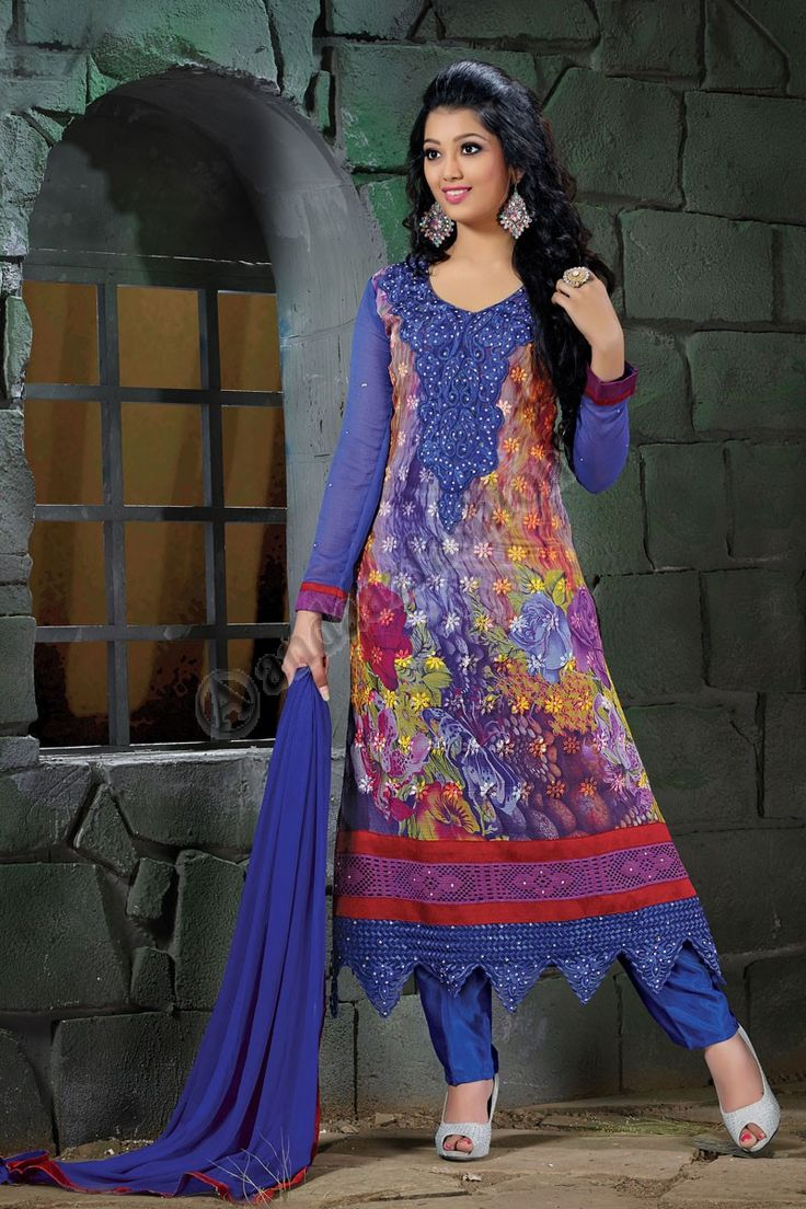 Costume bleu Georgette pantalons Conception no- DMV12949 Prix- 49,20 € Type de robe: Suit pantalons Tissu: Georgette Couleur: Bleu Décoration: Brodé, Resham, pierre, Zari Pour plus de détails: http://www.andaazfashion.fr/salwar-kameez/trouser-suits/blue-georgette-trouser-suit-with-chiffon-dupatta-dmv12949.html