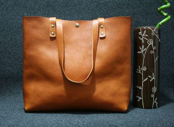 sac fourre-tout en cuir, sac à main cuir, sac cabas, grand sac cuir, sac en cuir brun, borsa di cuoio,
