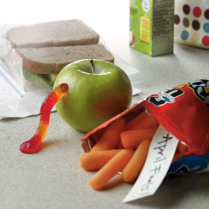 Lots of fun ideas for fools dayIdeas, Kids Lunches, Pack Lunches, For Kids, Snacks Bags, April Fools Pranks, April Fools Day, April Fools Jokes, Lunches Recipe