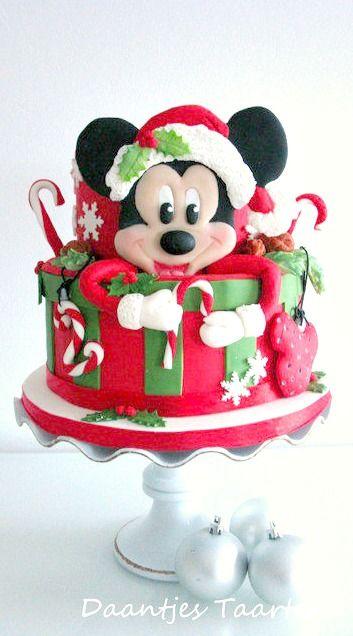 Mickey's Christmas Cake