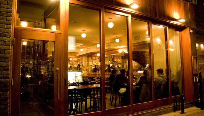 Fine cuisine in Québec, it begins somehow with the Pied de Cochon.