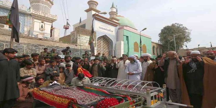 "Top News: ""PAKISTAN POLITICS: Pakistani Security Forces Killed Dozens of Militants"" - http://politicoscope.com/wp-content/uploads/2017/02/PAKISTAN-POLITICS-Funeral-Prayers-for-Victim-Killed-in-Suicide-Bomb.jpg - The bombing at the famed Lal Shahbaz Qalandar shrine in southern Sindh province was Pakistan's deadliest attack for two years, killing at least 83 people and highlighting the threat of militant groups such as the Pakistani Taliban and Islamic State.  on World Politica"