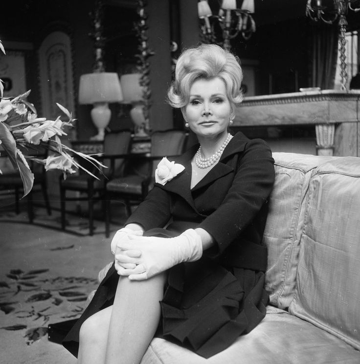 Zsa Zsa Gabor, Hollywood Actress Whose Best Role Was Herself, Dies at 99