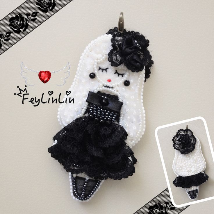 Double-sided keychain Gothic girl (Двухсторонний брелок) - - - #FeyLinLin #Embroidery #beads #Kawaii #Lace #ribbon #roses #Gothic #cute #keychain #girl #брелок #вышивка #бисер #принцесса #готическая #ビーズ刺繍