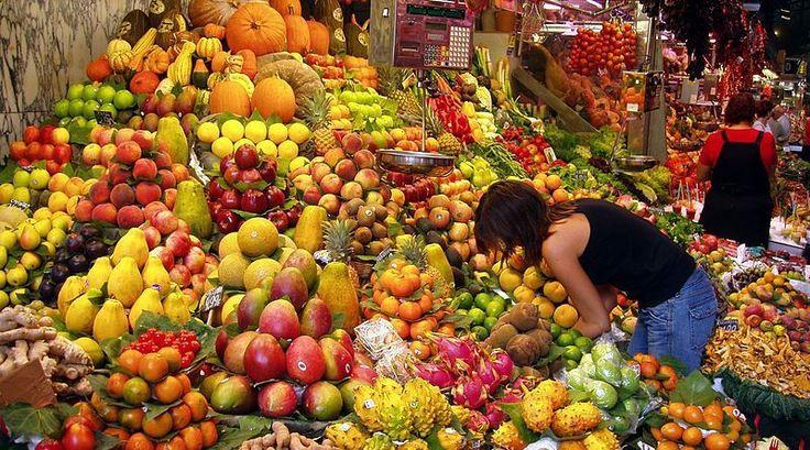 Buah buahan sehat kaya manfaat sangat mudah ditemukan di pasar http://mediatani.com/10-buah-buahan-sehat-kaya-manfaat-yang-mudah-ditemukan/