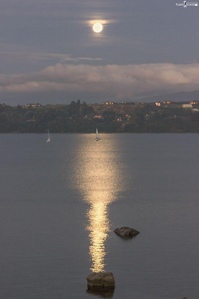 Fotografía tomada desde la terraza del Museo Pablo Fierro. Puerto Varas Photography