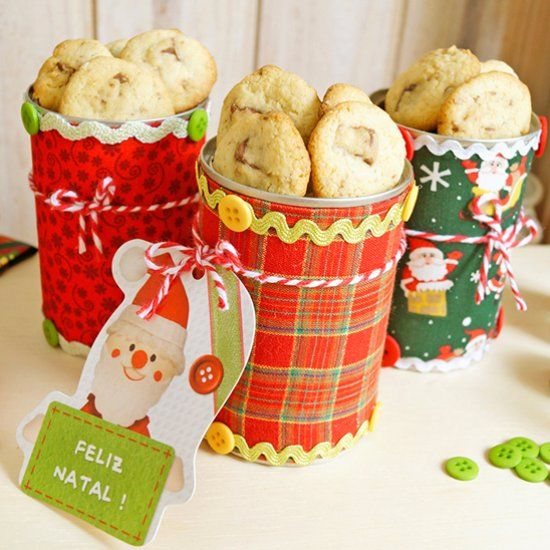 DIY a cute craft Christmas tin can with fabrics and more! (in Portuguese)