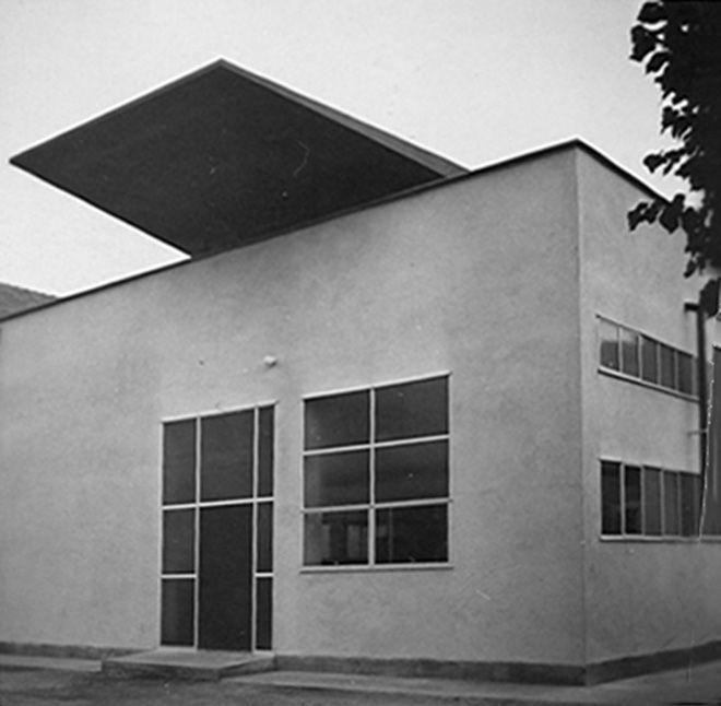 mario asnago e claudio vender - edificio per portineria dello stabilimento ponzini, lazzate, via vittorio veneto 45, milano, 1964
