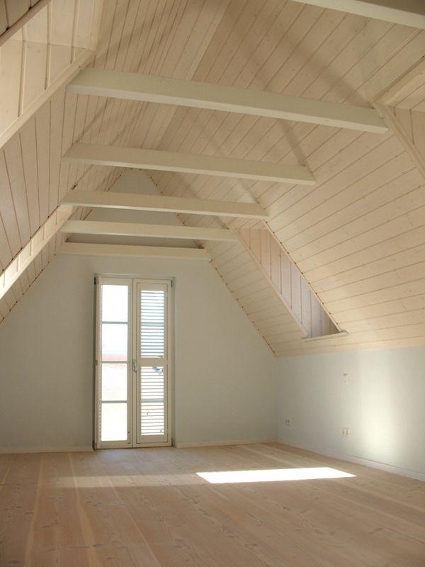die besten 25 dachgeschoss ideen auf pinterest dachbodenausbau dachschr ge und. Black Bedroom Furniture Sets. Home Design Ideas