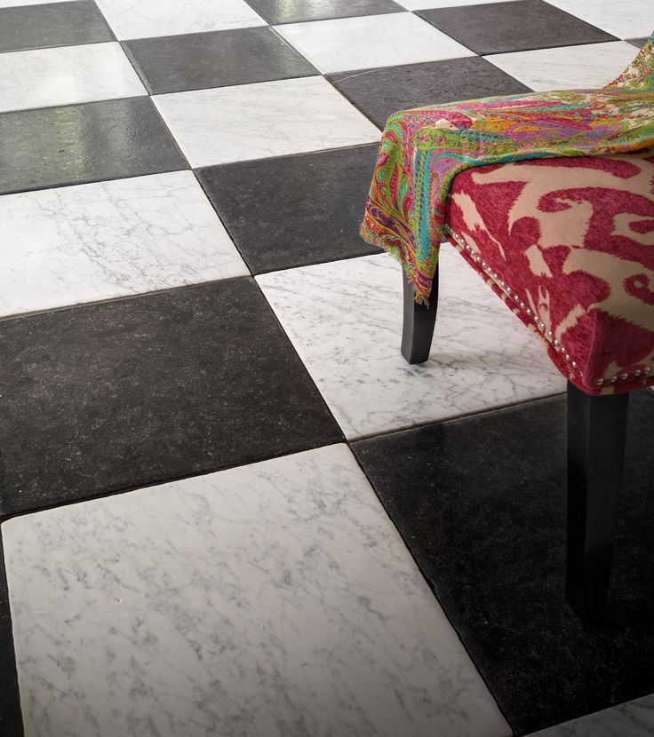 From Painted Wood To Antique Stone Modern Tile And Traditional Parquet Ad Rounds Up Kitchen Flooring A Selection Of Top Sources