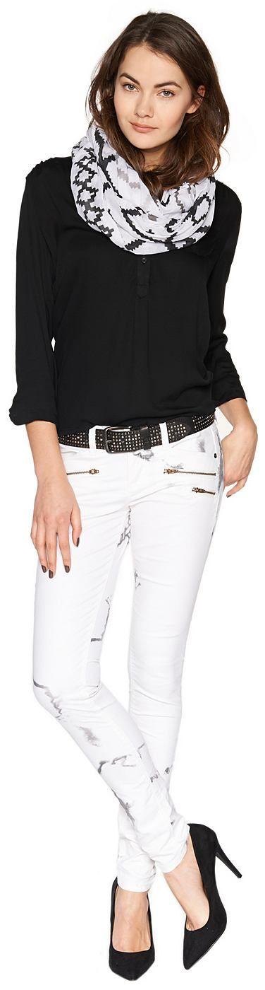 Skinny-Jeans mit Marmor-Print für Frauen (gemustert, mit Knopf und Reißverschluss zu schließen) mit Stretch-Anteil für einen perfekten Sitz, mit Print in Marmor-Optik, Mit schrägen Reißverschluss-Taschen vorne. Material: 70 % Baumwolle 27 % Polyester 3 % Elasthan...