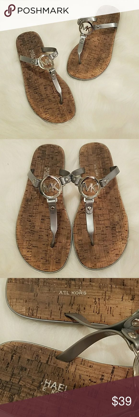 Michael Kors Gray Cork Logo Jelly Thong Sandals Shoes are in excellent gently worn condition. Perfect for running errands on as they are comfortable and easily slip on and off. There is no size label, but they fit a size 9 Michael Kors Shoes Sandals