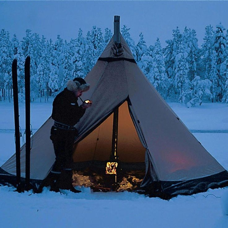 #campinghacks   Camping shelters, Winter camping, Outdoor ...