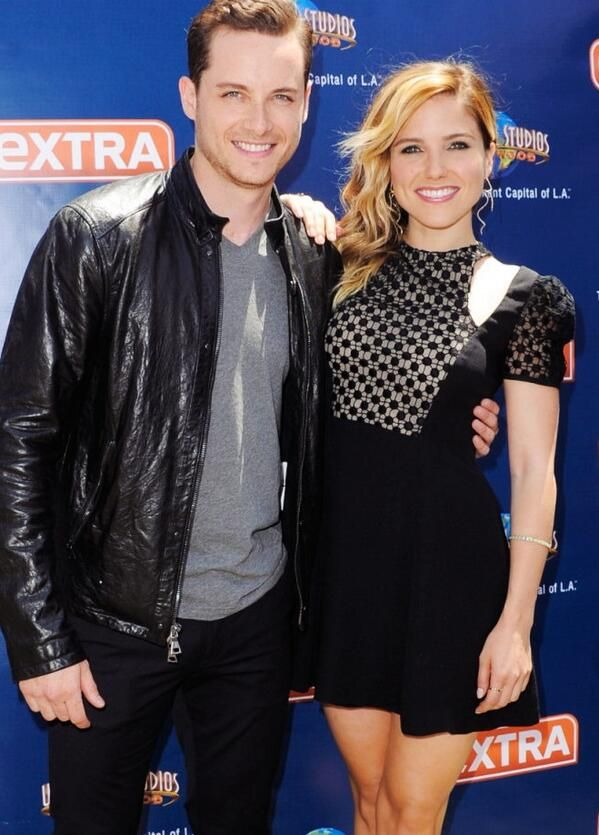Jesse lee soffer and sophia bush dating in real life