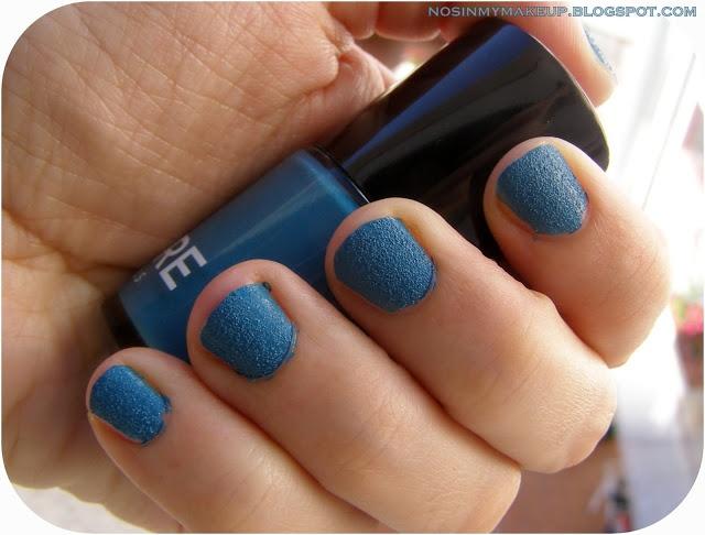 Esmaltes con textura: Sidewalk de RARE Nails