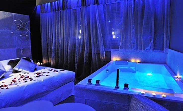 Les 25 meilleures id es de la cat gorie chambre jacuzzi privatif sur pinterest hotel jacuzzi - Chambre romantique lyon ...