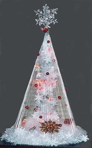 Fishing Line Christmas Tree - Great idea for more advanced crafters. #tutorial