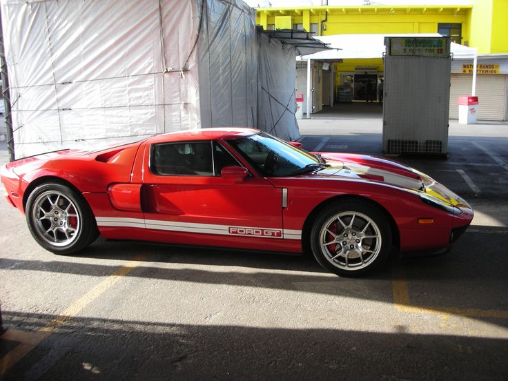 Preston's Ford GT-40.  This was the car he was driving the day I shot this.  Swap Shop, Ft. Lauderdale Florida.