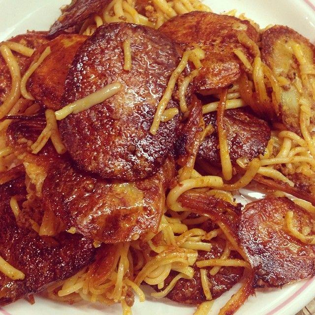 #ShareIG #instafood#persianfood#pasta#macaroni#delicious#gourmande#bonappetit#bouffet#manger#food#fidilio#shekamooha#tahdig#بزن#ماكاروني#اسپاگتي#خوشمزه#لذيذ#تهديگ#غذا#ايراني#شام#spaghetti