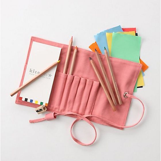 carry-all sketch set for kids to carry on the go