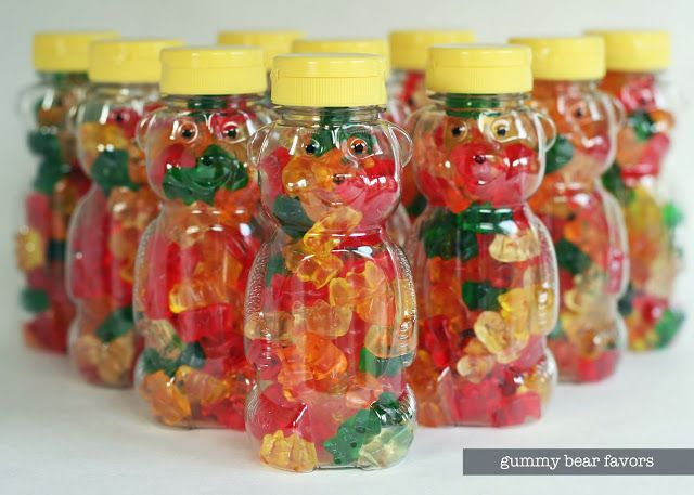 Party idea // Gummy Bear Party Favors // via bliss bloom blog