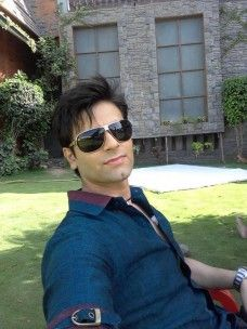 Karan Goddwani (Actor) Profile with Bio, Photos and Videos - Onenov.in