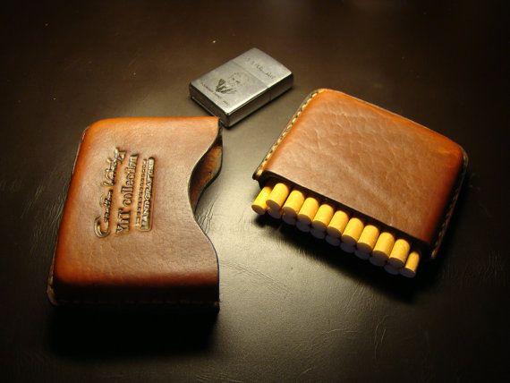 Étui à cigarettes en cuir ascétique. par YuTcollectionUA sur Etsy