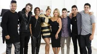 Jennifer Lopez, Natalie Bassingthwaighte and the boys. Xfactor Australia judges home visits 2014.