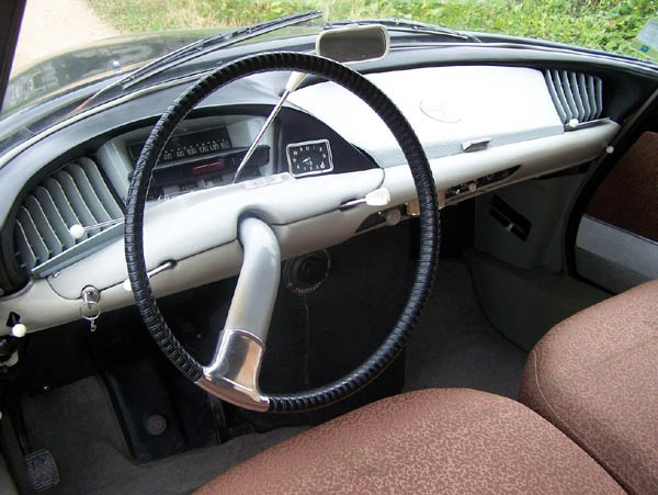 Citroen DS dashboard