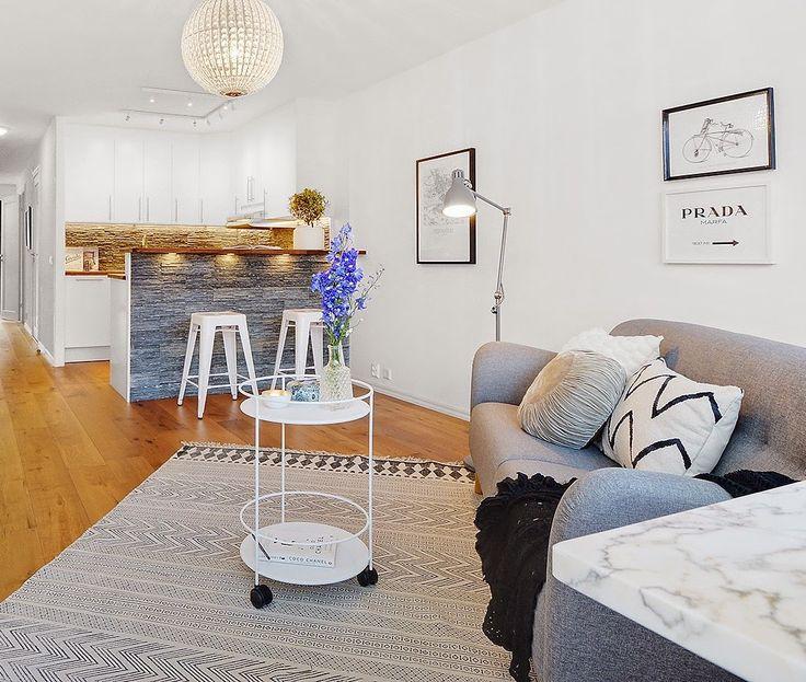Grå Mustangen soffa. 50tal, retro, möbler, inredning, träben, trä, vardagsrum. http://sweef.se/soffor/97-mustangen-soffa-50-tal.html