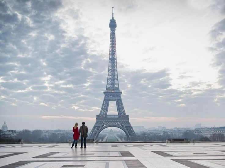I will definitely go back here... to be kissed during the night when the Eiffel Tower is glowing