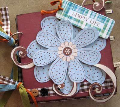 'Simply Life' Scrapbook Photo AlbumScrapbook For Beginners, Scrapbook Ideas, Crafts Ideas, Scrapbook Minis Album, Scrapbook Paper, Minis Scrapbook, Flower Ideas, Paper Crafts, Scrapbook Album