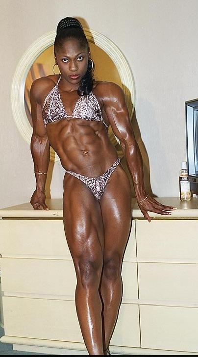 Tess taylor boobs