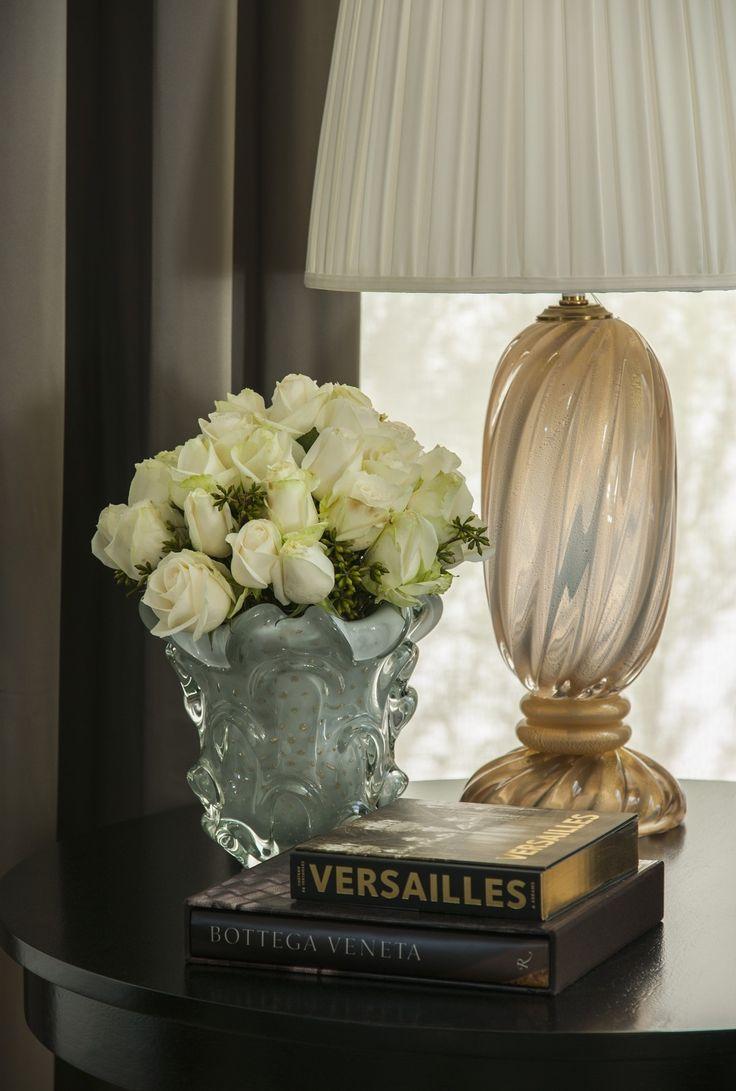 Vasos/abajur - detalhes Decor  Christina Hamoui – A|A house