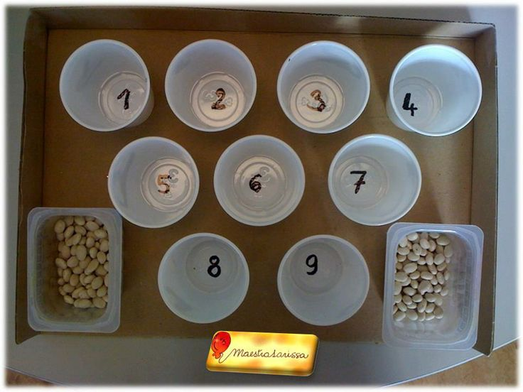 COUNTING CUPS - Montessori inspired activity: put in each cup the correct number of beans (or beads, or candies or whatever you like)