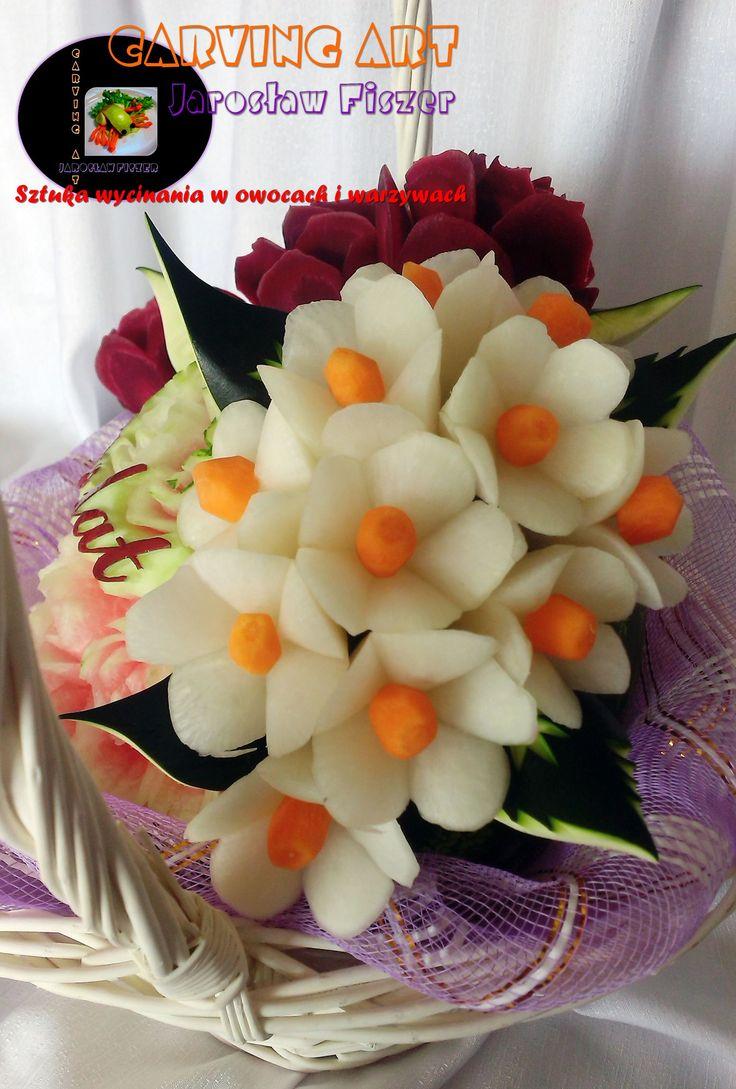 Kwiaty na arbuzie.