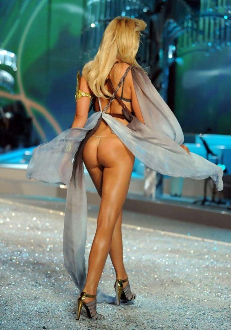 victoria seceret models upskirt