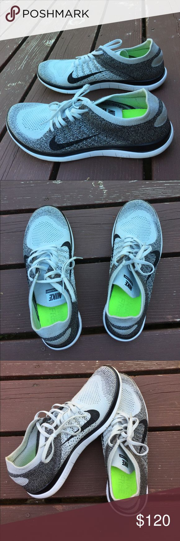 Nike Flyknits 4.0 Oreo No flaws and gently worn! Hard to find in such good condition. Nike Shoes Athletic Shoes