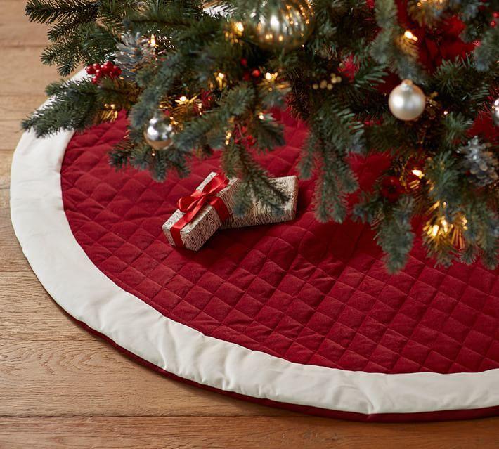 christmas tree skirts - 710×639