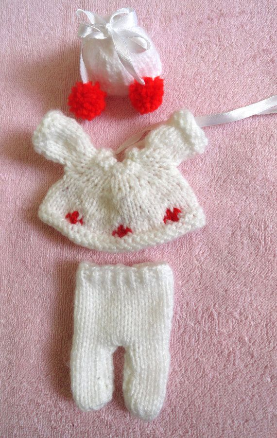 Check out this item in my Etsy shop https://www.etsy.com/listing/215931678/hand-knitted-dolls-clothes-for-25-3-ooak