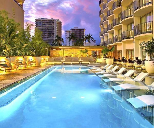 5 Unique Luxury Hotel Experiences In Oahu In 2020 Hawaii Hotels